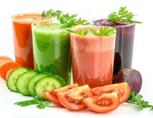 Zielone koktajle, czyli domowe sposoby na urozmaicenie diety małych i dużych